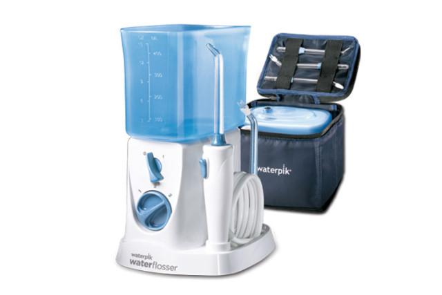 Waterpik 9953368 WP 300 Traveler : l'hydropulseur de voyage qui trouve sa place à la maison